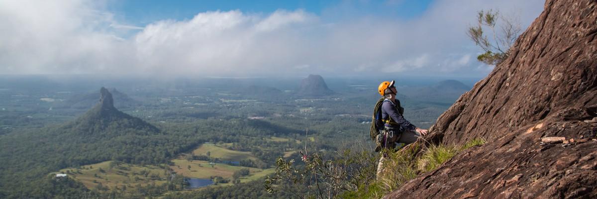 Glasshouse Mountains Rock climbing theCrag
